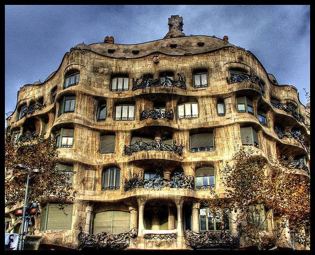 gaudi-arkitektur-barcelona